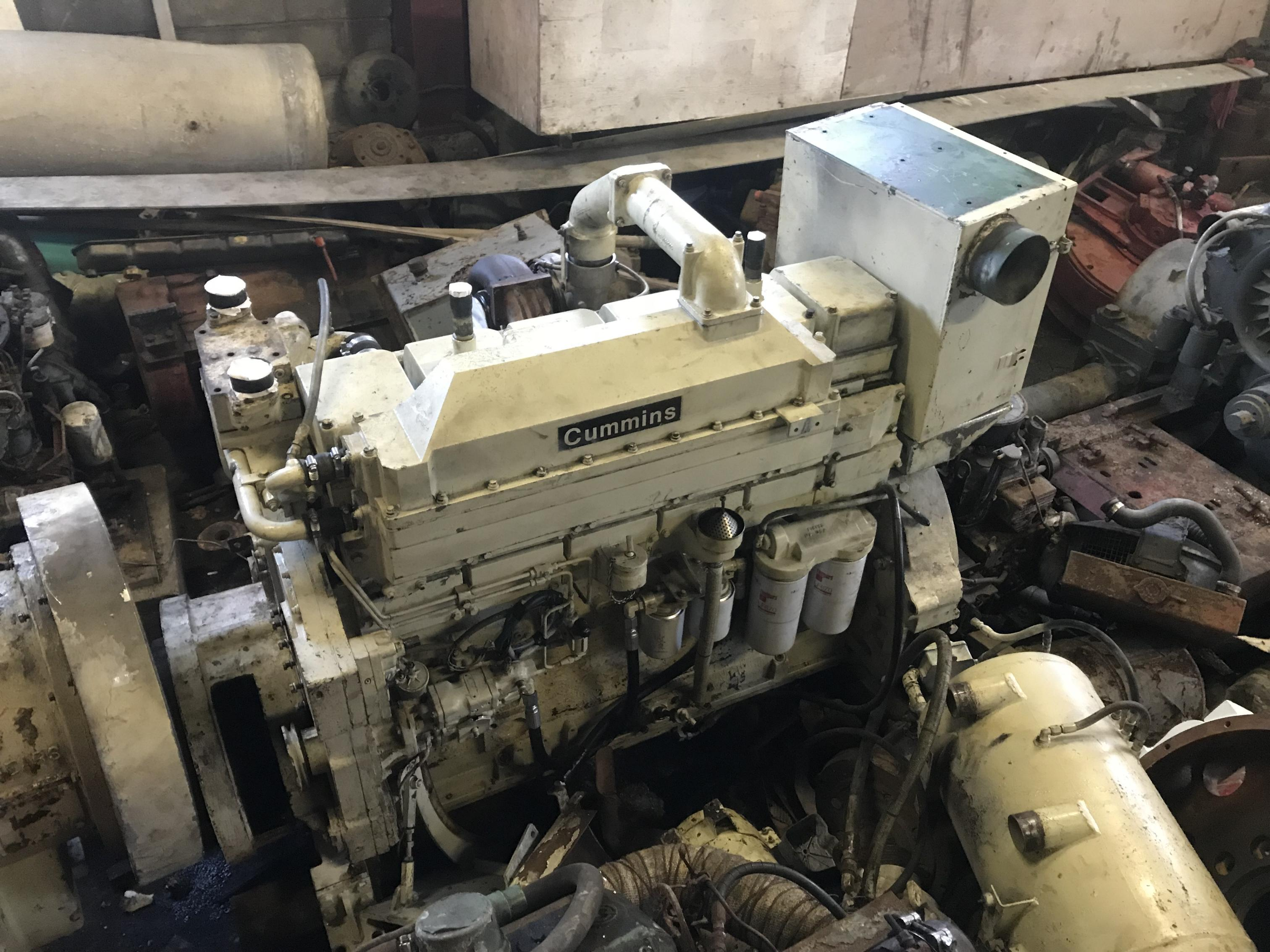 cummins kta marine propulsion diesel engine  brunswick canada sold  md equipment