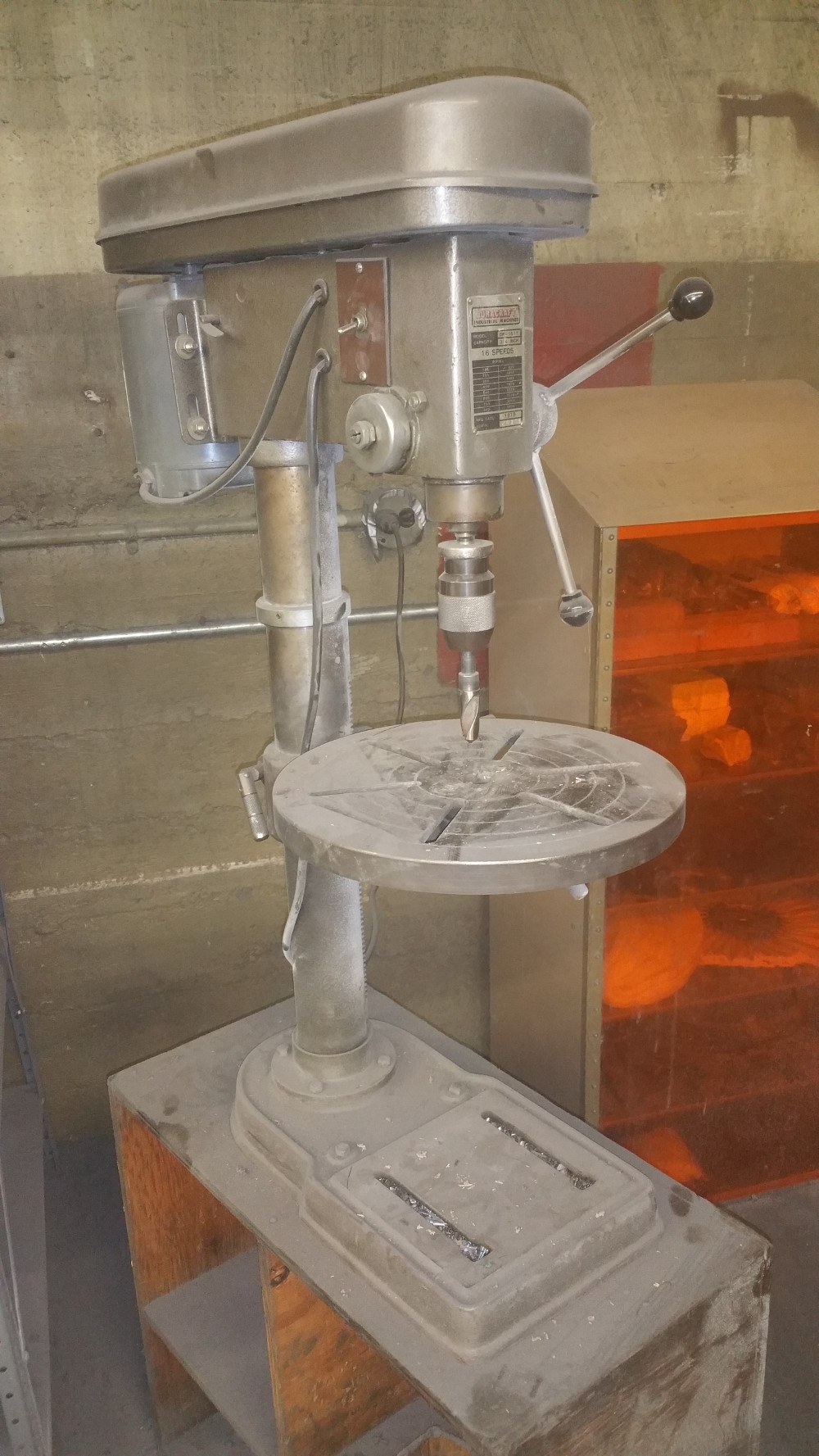 Drill Press Duracraft Model Dp 1617 Portland Or Sold